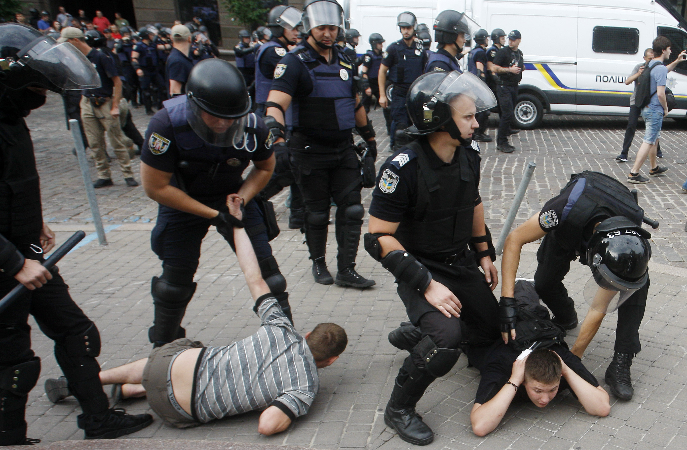 Геи полицейские