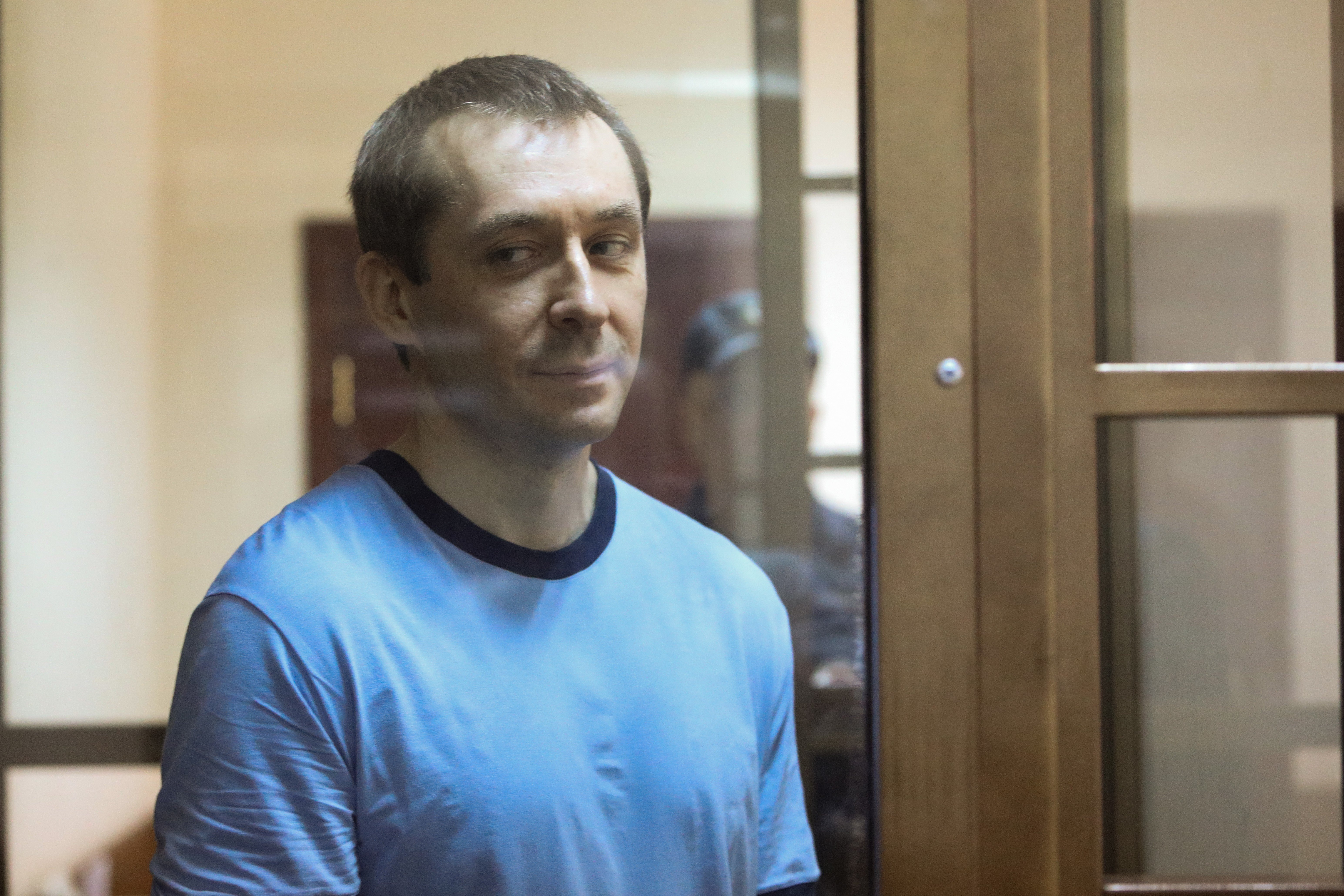 призналась, дмитрий захарченко последние новости фото солдату
