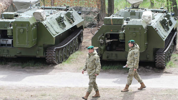 США отправят на Украину презент в виде нелетального вооружения