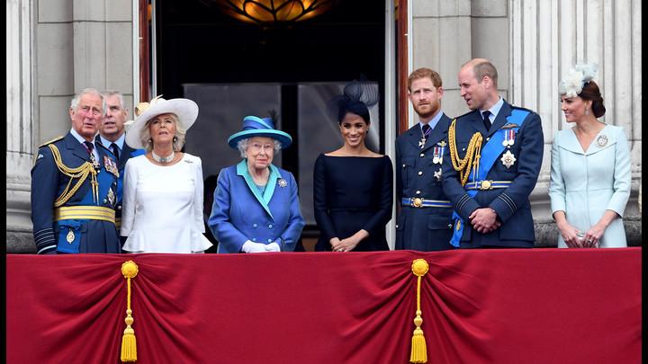 Букингемский дворец прервал молчание после скандала: Комментарий дал главный подозреваемый