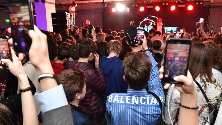Пир во время коронавируса: Оперштаб рассказал, почему в Калининграде так много случаев за сутки