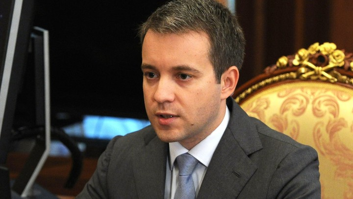 Глава Минсвязи пообещал немедленный зеркальный ответ на признание RT иноагентом