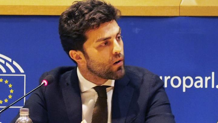 Евродепутат: Западные корпорации считают Россию угрозой своим интересам