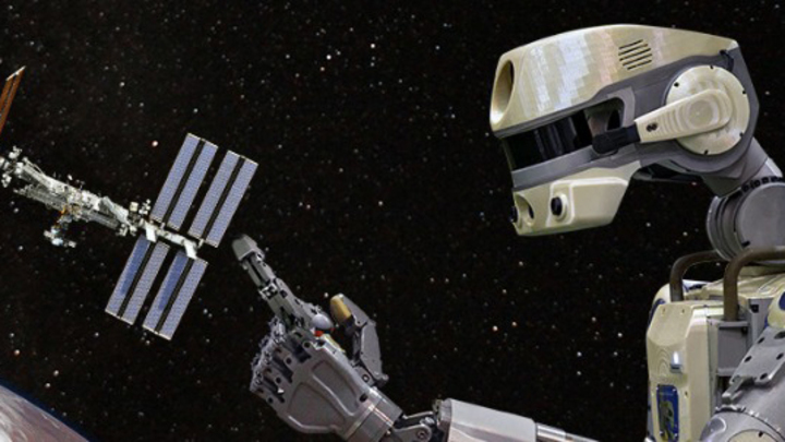 С вещами на выход: Во время перестыковки корабля с роботом Федором весь экипаж МКС перейдет в Союз МС-13