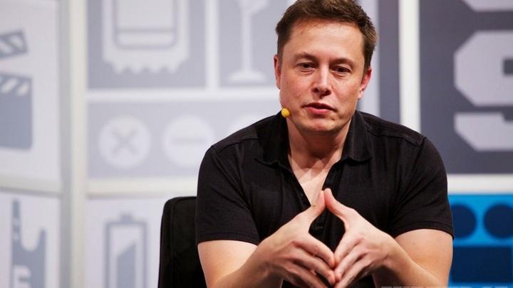 Поиск несуществующих шпионов, или Как Илон Маск свою компанию дискредитировал