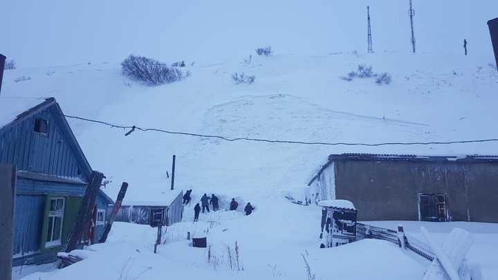 Ребёнок провалился под снег на Камчатке: Потребовалась операция МЧС