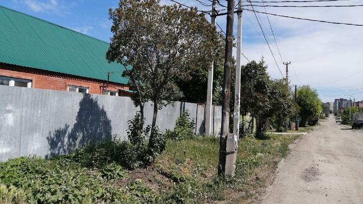 Въезд в деревню в Челябинской области перекрыли и поставили пост полиции