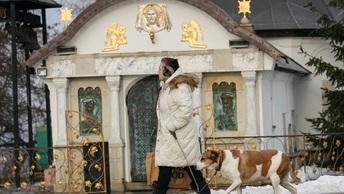 Православная Церковь на Украине пытается не дать вандалам уничтожить Десятинную часовню