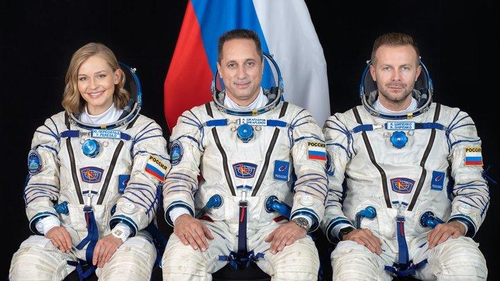 Киноэкипажу на МКС поставила диагноз психолог: Космонавт - уже не человек