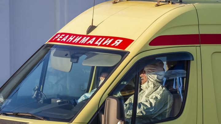 Захлебнулась в колесе: Годовалая девочка умерла в реанимации Колыванской ЦРБ