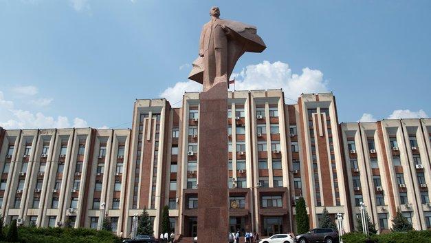 Молдавия жаждет реванша: Тирасполь объяснил нежелание отдавать российских миротворцев