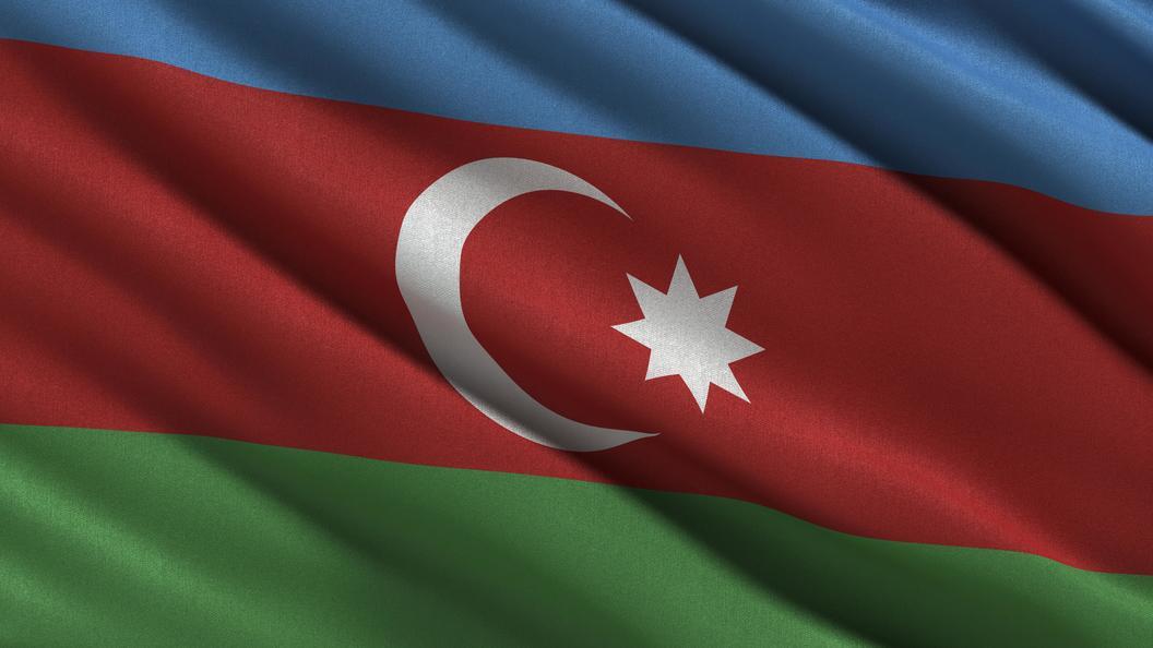 «Это был невзрыв»: МЧС Азербайджана потушило пожар вжилом помещении