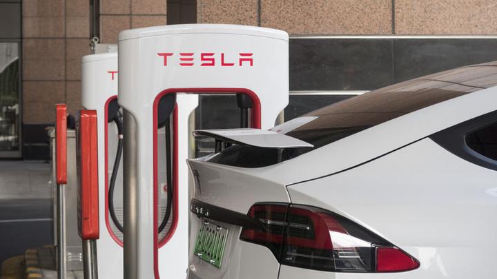 В России растет популярность автомобилей Tesla