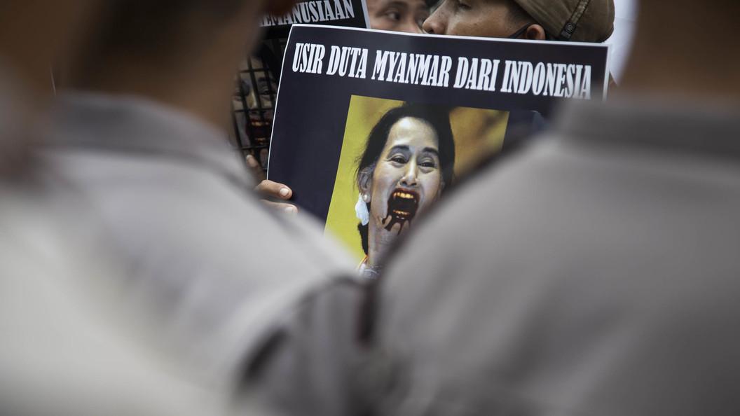 Александр Ющенко: За геноцидом в Мьянме стоит ЦРУ