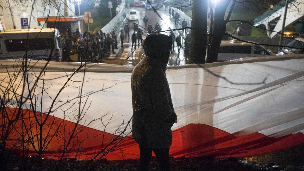МИД Польши хочет призвать ФРГ заблокировать