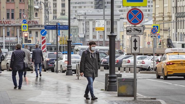 Зависит от формы болезни: Иммунолог назвал рекомендательный срок ношения маски больными COVID