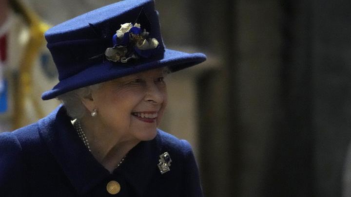 Королева Елизавета II признала Крым русским. Письмо-подтверждение получили ученики