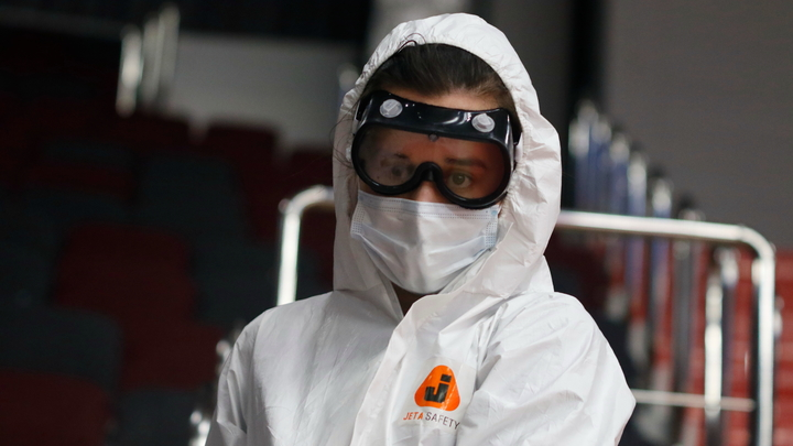 Подготовка к чрезвычайному положению: Соседняя с Россией страна переходит к жёсткому карантину