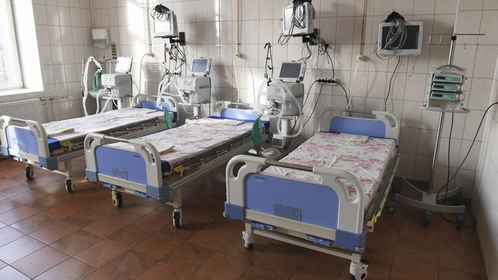 Тяжелее и опаснее для детей: эксперты рассказали, что не так с коронавирусом в Петербурге