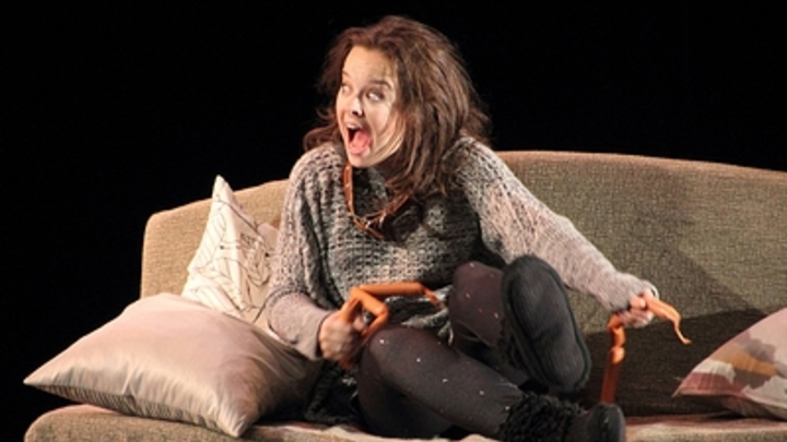 И Победа в ВОВ вымышленной считалась: экс-участницу Comedy Woman заподозрили во лжи про шутку о Карбышеве