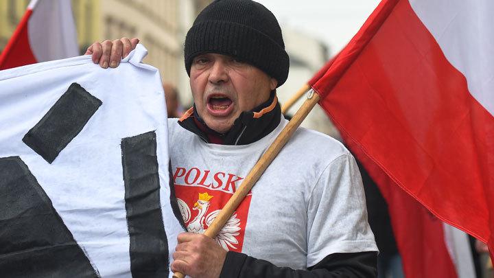 О чём молчит Польша, представляя себя жертвой Гитлера и Сталина