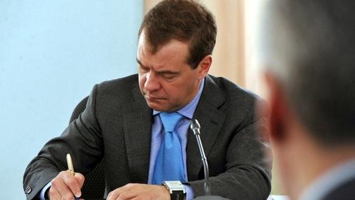 Способно ли правительство Медведева совершить прорыв Путина: Старые ошибки в новой реальности