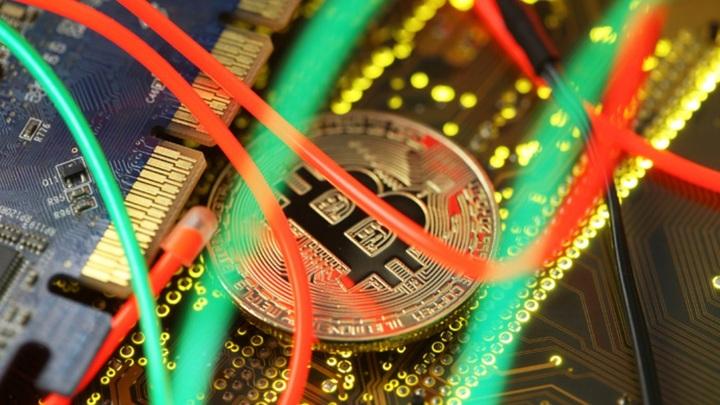 Криптовалюта готова заменить доллар в расчётах: Слово за законодателями
