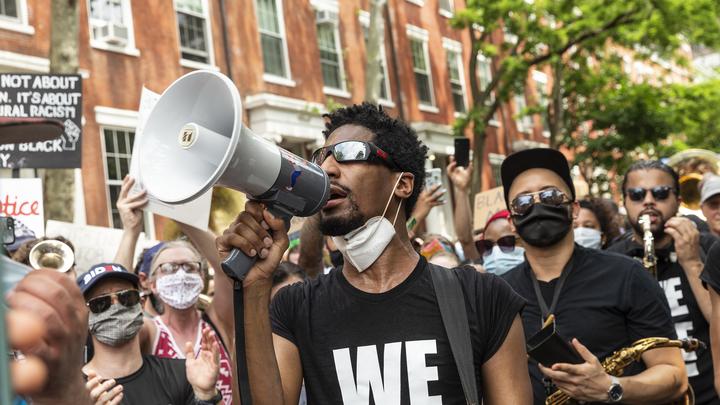 А-а-а, Макарена! Нацгвардия США применила на протестующих проверенный в Ираке метод усмирения