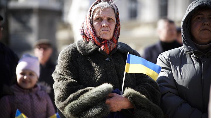 На Украине начались президентские выборы. 10 млн избирателей не допущены