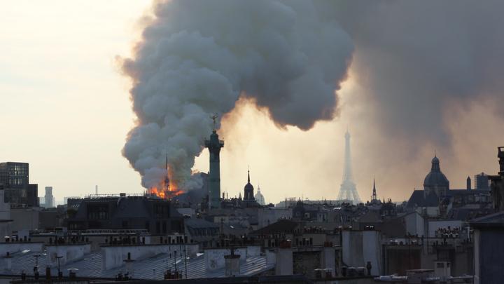 Пожар в соборе Парижской Богоматери был непреднамеренным — прокуратура