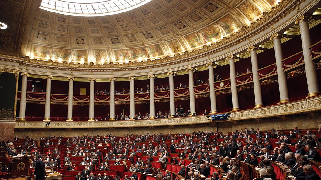 Парламент Франции принял резолюцию об отмене санкций против России