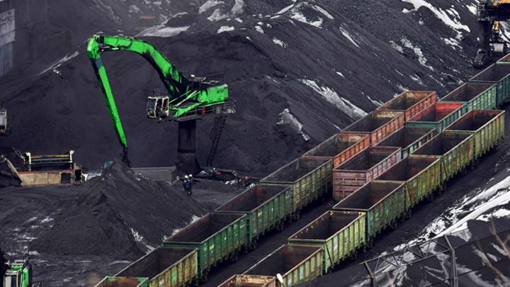 Уголь вывозят в Китай – население России замерзает