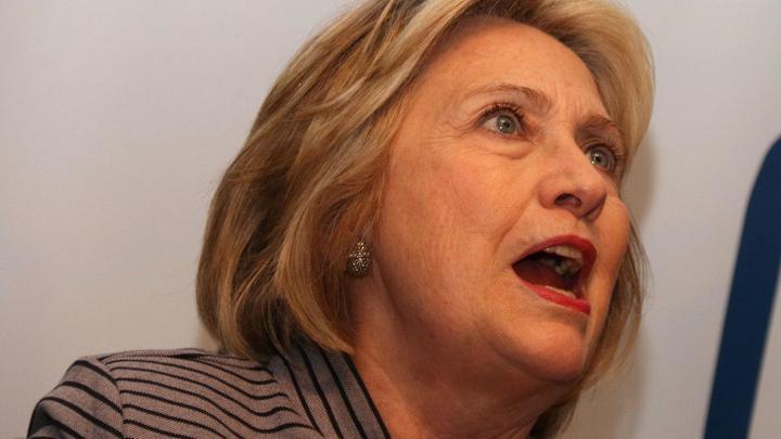 Самолёт с Хиллари Клинтон начал разваливаться на ходу: Пилоты подтвердили вибрацию - СМИ