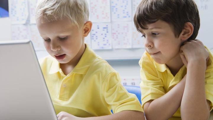 Тихий час: В России планируют ограничить Wi-Fi в детсадах