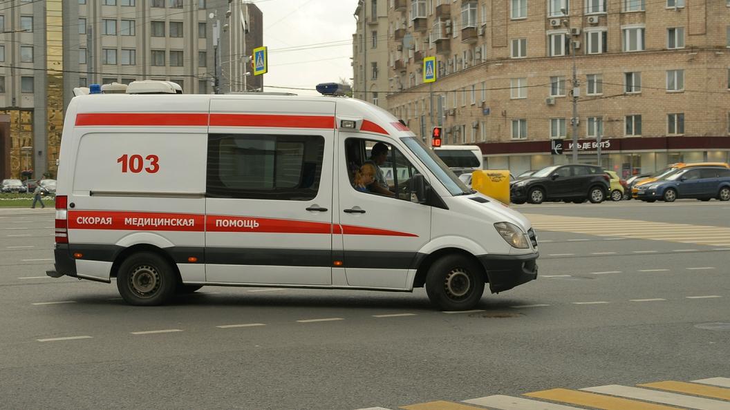Автобус протаранил людей на Славянском бульваре в Москве. Онлайн-трансляция