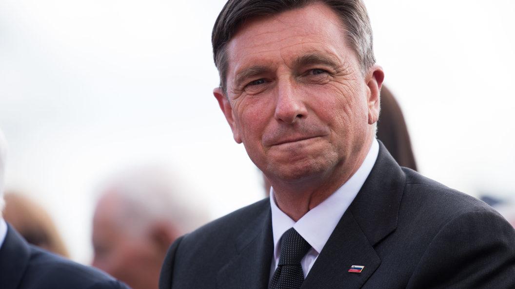По стране на своих двоих: президент Словении отправился в пешее путешествие