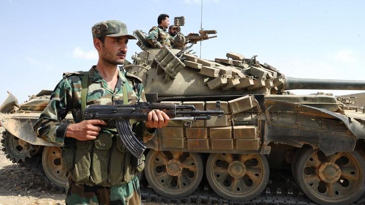 Сирийских десантников забросили в тыл ИГИЛ на границе Ракки и Хомса