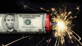 СМИ: Катар остановил все долларовые сделки в стране