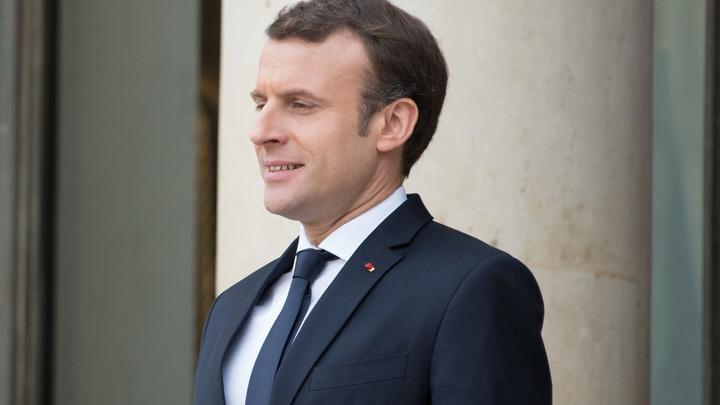 Пир во время чумы: Президента Франции помпезно отметил юбилей в королевском замке XVI века