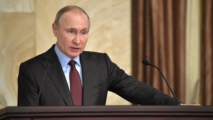Макрон призвал Путина помочь урегулировать ситуацию в Сирии