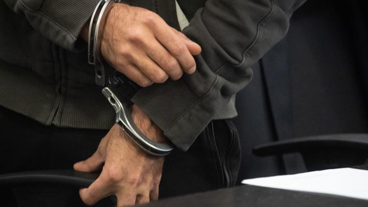 Не на допросе: В СК объяснили улыбку задержанного Арашукова