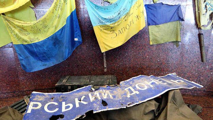 Действительно оказался тряпкой: Украинский журналист нажаловался в СБУ на жителя Рубежного, заткнувшего его парой фраз