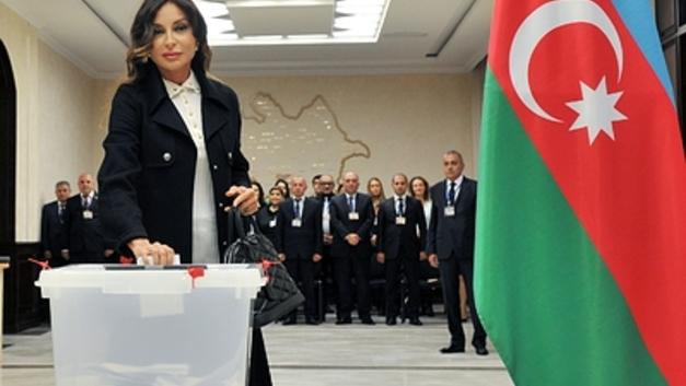 Ильхам Алиев намерен отстоять для себя пост президента Азербайджана