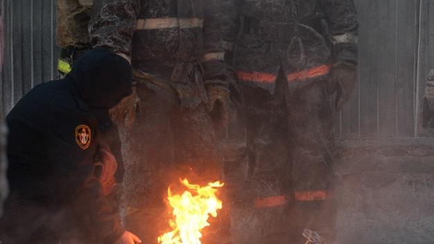 МЧС направит вертолеты на тушение загоревшегося строймаркета в Краснодаре