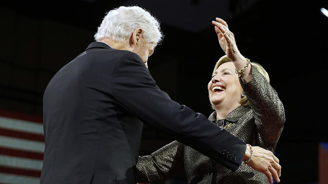 Хиллари Клинтон нашла работу для мужа