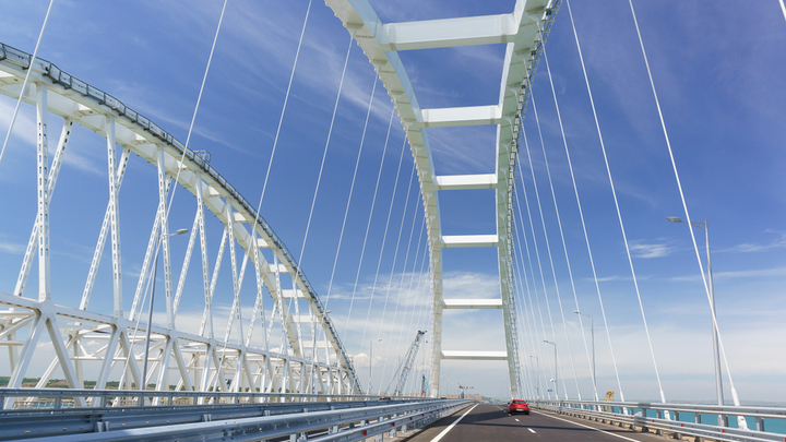 Эффект Крымского моста: Цифры, факты, эмоции