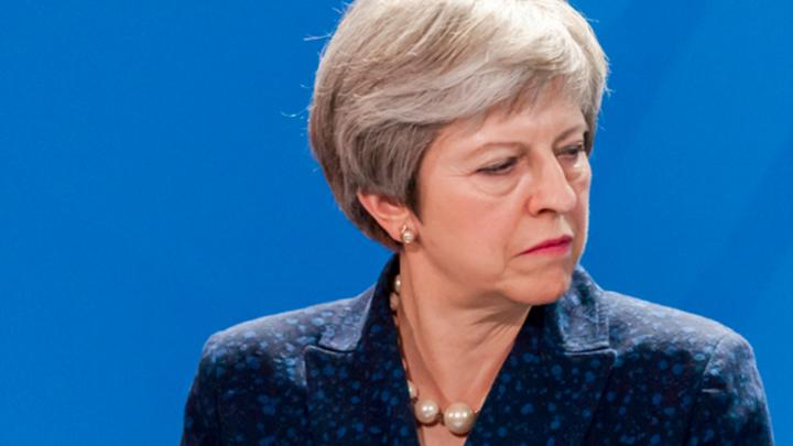 Brexitголовного мозга: Мэй теряет власть, Британия движется к анархии