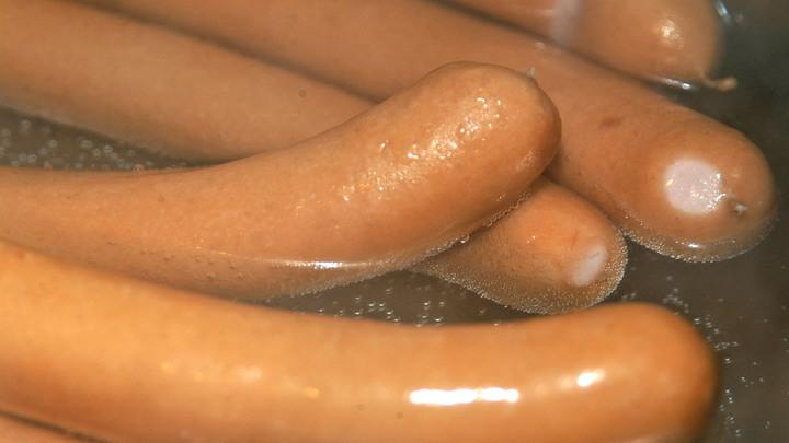 «Большинство сосисок не соответствуют ГОСТу»: Росконтроль объяснил, как выбрать качественный продукт
