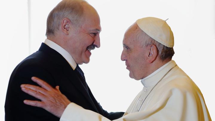 Лукашенко вызвался организовать новую встречу Патриарха Кирилла и Папы Римского