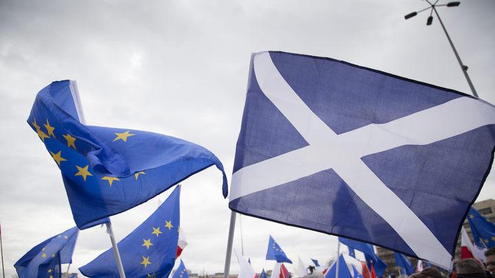 Шотландия перенесла референдум о независимости из-за неопределенности по Brexit